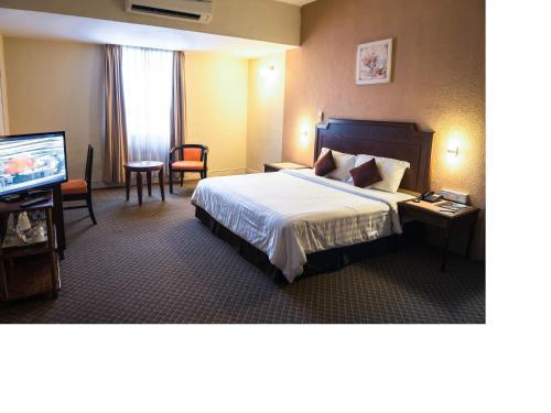 Sentosa Regency Hotel - Photo 1 of 30