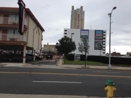 Red Carpet Inn And Suites Atlantic City - Atlantic City, NJ 08401