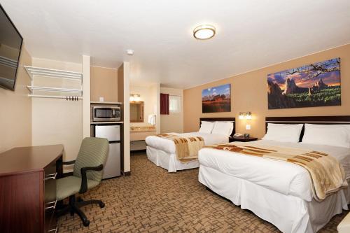 . Glenwood Springs Inn