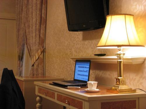 Twin Room Hotel Santa Isabel 29