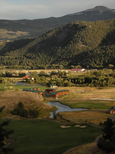 Mountain Retreat - South Fork, CO 81154
