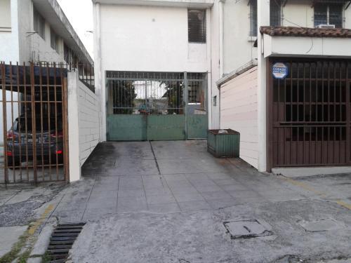 HotelApartamento/Vivienda Col. Escalón sobre 81 Av. Nte.