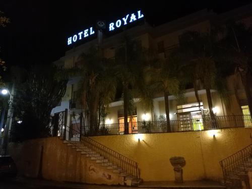 . Hotel Royal Cattafi