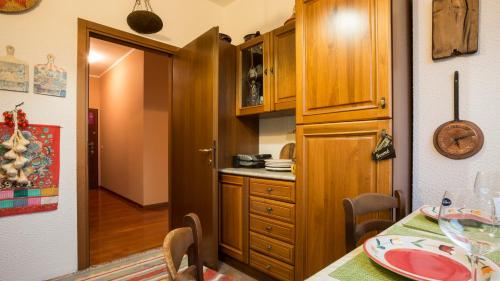 Hintown Warm Family Flat