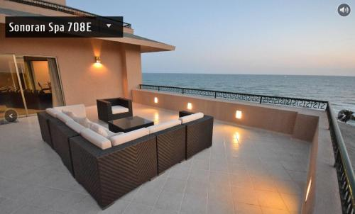 . Penthouse Sonoran Spa E708