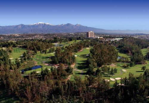 Pacific Palms Resort And Golf Club