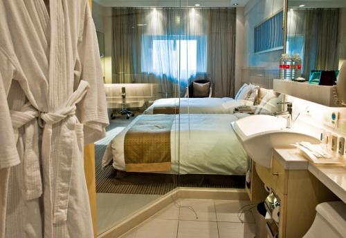Holiday Inn Downtown Shanghai Двухместный номер Делюкс с 1 кроватью или 2 отдельными кроватями
