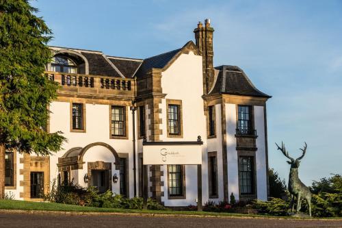 Old Greenock Road, Langbank, PA14 6YE, Scotland.
