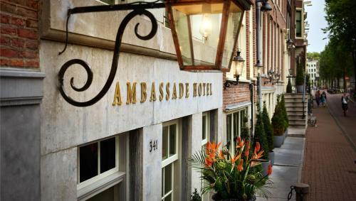 Ambassade Hotel photo 40