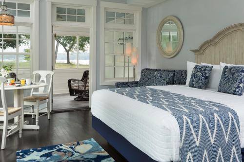 . The Hotel Saugatuck - Adults Only