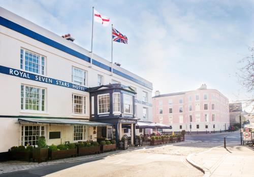 . Royal Seven Stars Hotel