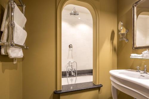 Hotel De Castillion - Small elegant hotel phòng hình ảnh