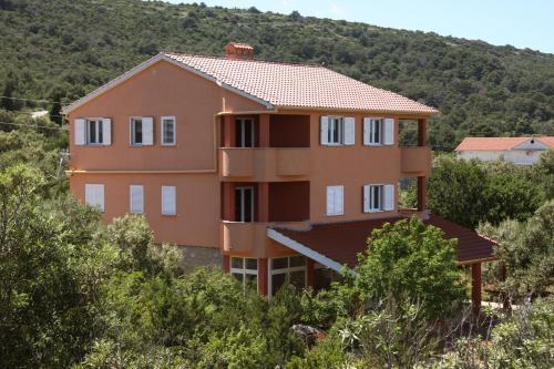 . Apartments Milin