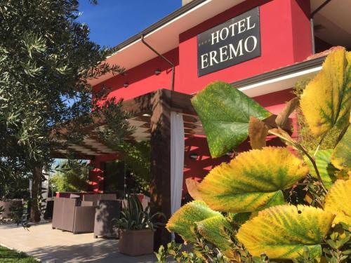 . Hotel Eremo