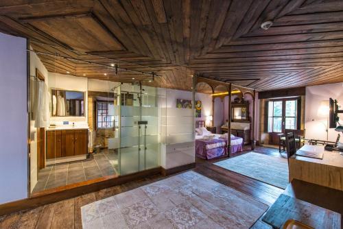 Habitación Doble Deluxe con bañera de hidromasaje - 1 o 2 camas Pazo da Pena Manzaneda 6