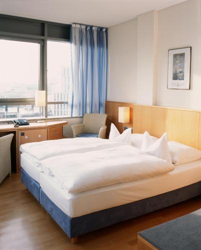 Hotel Baseler Hof photo 22