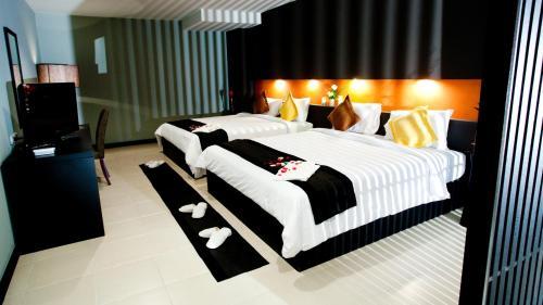Miramar Hotel photo 45