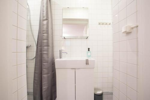ApartDirect Sveavägen photo 82