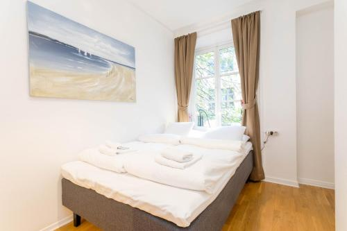 ApartDirect Sveavägen photo 84