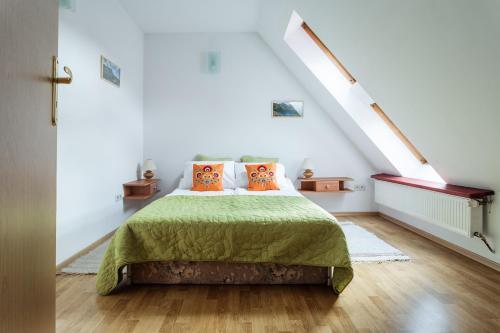 . Rent like home - Kasprowicza