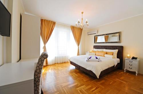 Hotel Avant Garde Luxury Rooms
