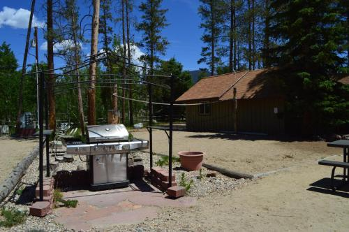 Daven Haven Lodge & Cabins - Grand Lake, CO 80447