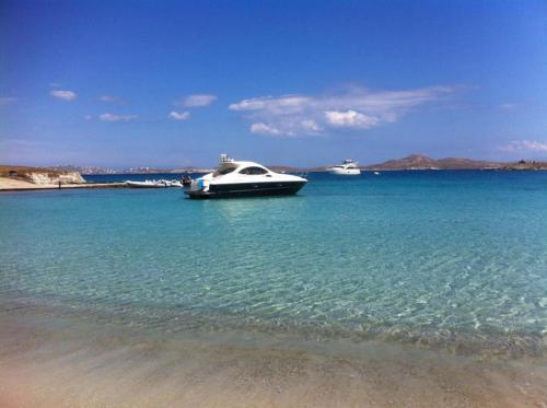HotelMykonos Island Luxury Yacht BOAT