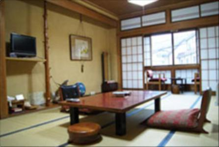 Japanese-Style Twin Room with Shared Bathroom and Private Toilette Chitosekan