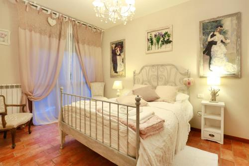. Adua Apartments