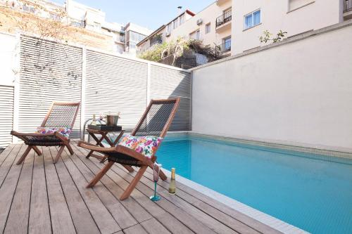Apartment Barcelona Rentals - Private Pool and Garden Center photo 3