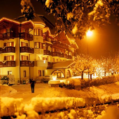 Du Lac Vital Mountain Hotel - Molveno / Pradel