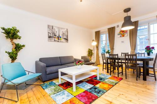 ApartDirect Sveavägen photo 91