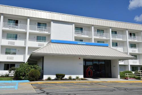 Motel 6-Danvers MA - Boston North