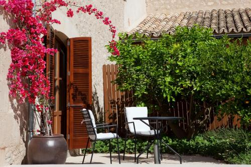 Suite Junior Castell Son Claret - The Leading Hotels of the World 9