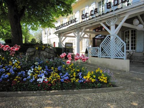 . Hostellerie de la Bouriane