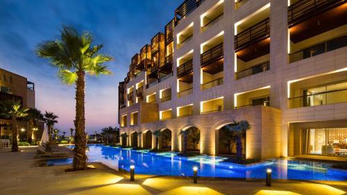 . Kempinski Summerland Hotel & Resort Beirut