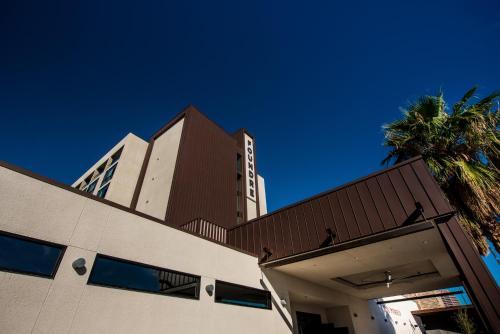 1100 N Central Ave, Phoenix, AZ 85004, United States.