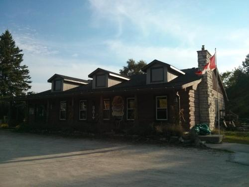 . The Spirit Rock Outpost & Lodge