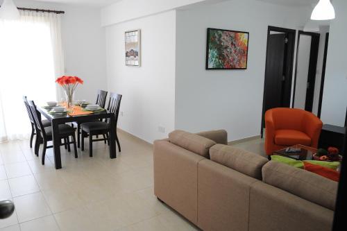 Kiti Deluxe Apartments - Photo 6 of 15
