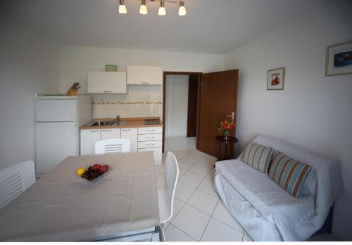 Apartments Zar