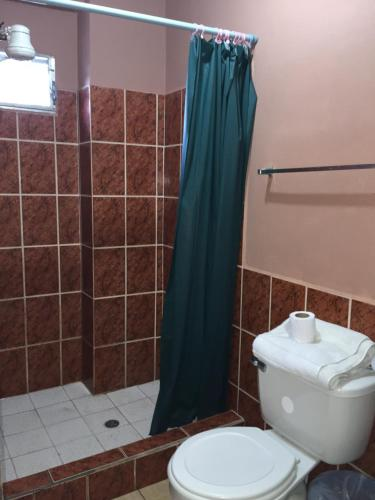 Hotel Guest House Inn Oda fotoğrafları