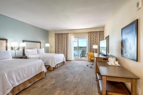 Hampton Inn And Suites Clearwater Beach - Clearwater Beach, FL 33767