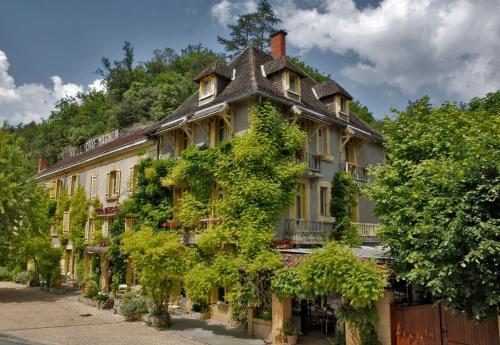 . Hôtel Le Cro-Magnon