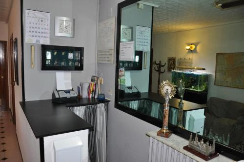 Hostal Central Immagine 5