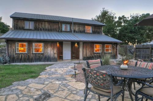 Awe Inspiring Bed And Breakfast Cottages In Texas Interior Design Ideas Clesiryabchikinfo