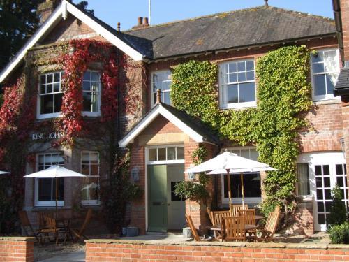 Tollard Royal, Salisbury, Wiltshire, SP5 5PS, England.