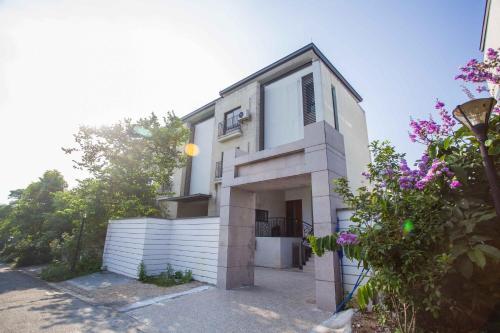 . Conghua Mingyueshanxi Villa