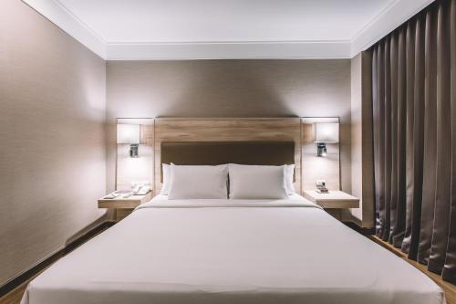 Adelphi Suites Bangkok photo 41