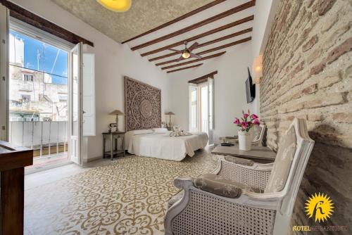 Habitación Doble Deluxe con balcón Hotel Argantonio 5