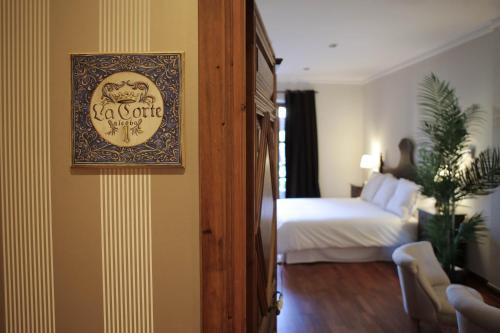 Suite with Terrace Posada Isabel de Castilla 1